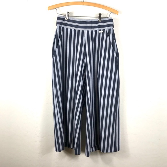 Sweaty Betty Pants - Sweaty Betty XS Striped Wide Leg Cropped Pants